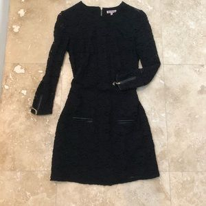 JUICY COUTURE black lace dress w/ leather details